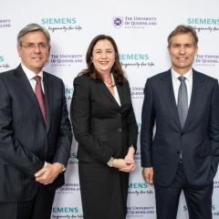 Siemens Australia Chairman and CEO Jeff Connolly, UQ Vice-Chancellor and President Professor Peter Høj and Premier Annastacia Palaszczuk announce the partnership at UQ's St Lucia campus.